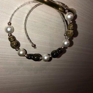 Pearl and bead choker